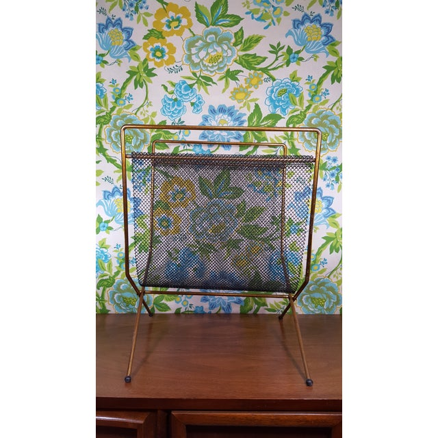 Americana Mid-Century Modernist Mesh Log Holder or Magazine Rack For Sale - Image 3 of 8