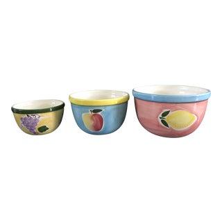 1980's Vintage Lilian Vernon Nesting Bowls- Set of 3 For Sale