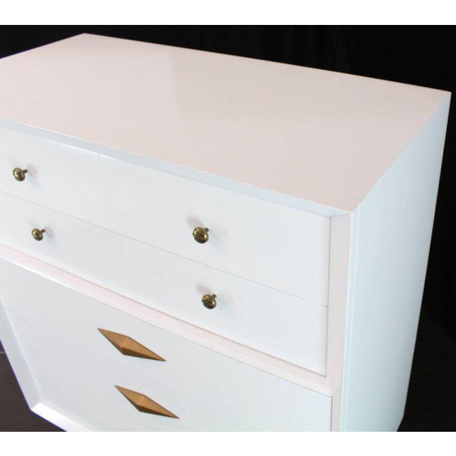 1970s Mid-Century Modern White Lacquer Deco High Chest Dresser With Diamond Pulls For Sale - Image 4 of 11