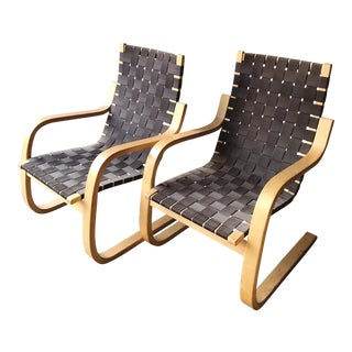 Alvar Aalto for Artek Black and Birch 406 Cantilever Lounge Chairs - a Pair For Sale