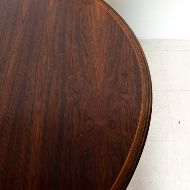 Sibast Møbler Mid Century Danish Modern Rosewood Oval Dining Table by Arne Vodder for Sibast For Sale - Image 4 of 9
