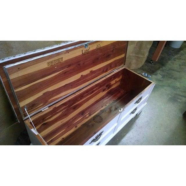 Vintage Lane Cedar Chest/Bench - Image 5 of 7