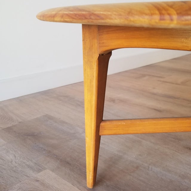 Mid-Century Modern Round Maple Coffee Table For Sale - Image 9 of 11