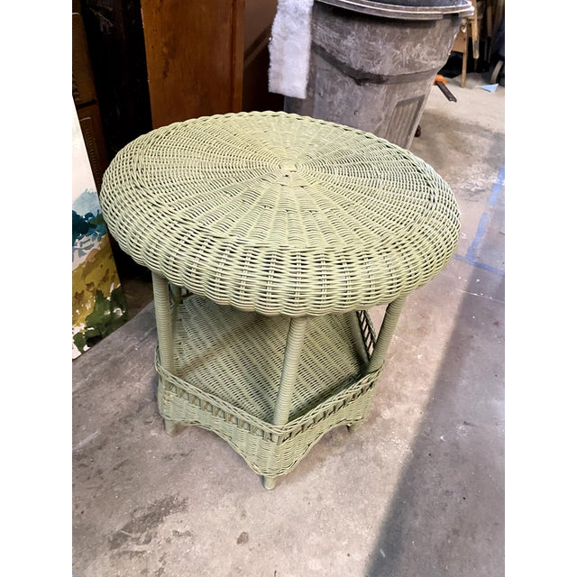1960s Vintage Light Green Painted Wicker Round Side Table For Sale - Image 5 of 13