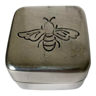 Silver Bee Motif Ring Box For Sale
