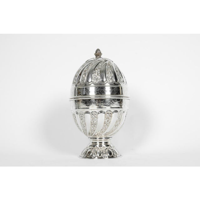 English Traditional Sheffield Silver Plated Egg Shape Liquor Cave - 7 Pc. Set For Sale - Image 3 of 13