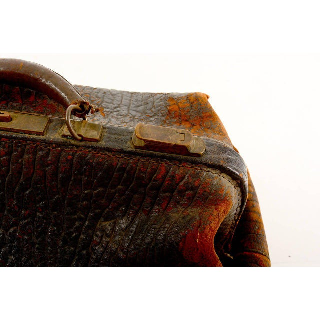 Black Leather Doctor's Bag For Sale - Image 8 of 10
