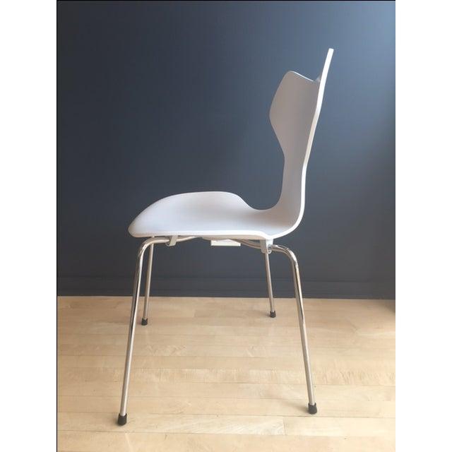 Grand Prix Chair by Arne Jacobsen for Fritz Hansen - Image 4 of 6