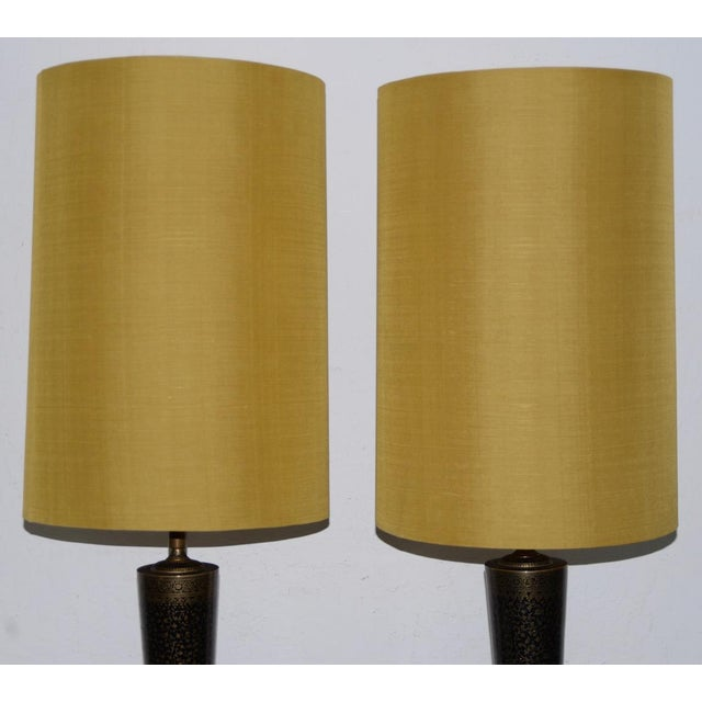 Mid 20th Century Pair of Mid-Century Middle Eastern Brass & Enamel Inlay Table Lamps C.1950s For Sale - Image 5 of 7
