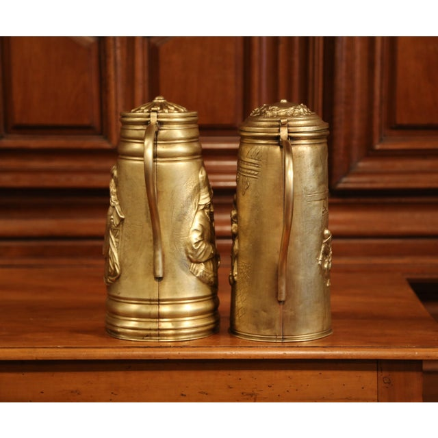 Late 19th Century 19th Century Belgium Brass Lidded Beer Pitchers With Repousse Decor - a Pair For Sale - Image 5 of 8