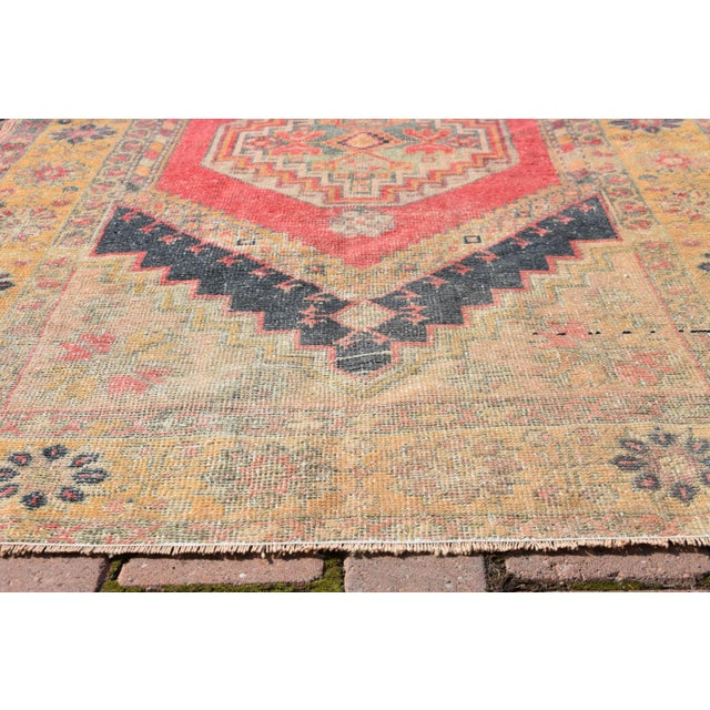 Vintage Muted Turkish Handwoven Beige Area Carpet - 3′8″ × 6′2″ - Image 4 of 6