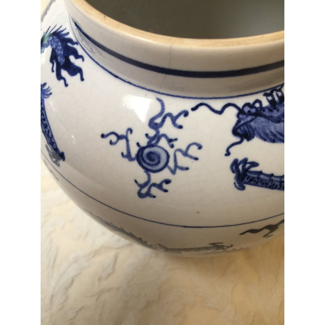 Early 20th Century Antique Chinese Blue and White Dragon Urn/Vase For Sale - Image 5 of 8