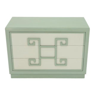 Kittinger Mandarin Style Bachelor Chest Dresser Blue and White Lacquer For Sale