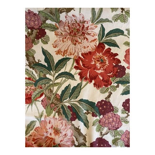 Schumacher Enchanted Garden Linen Fabric in Fuchsia 3 7:8 Yards For Sale