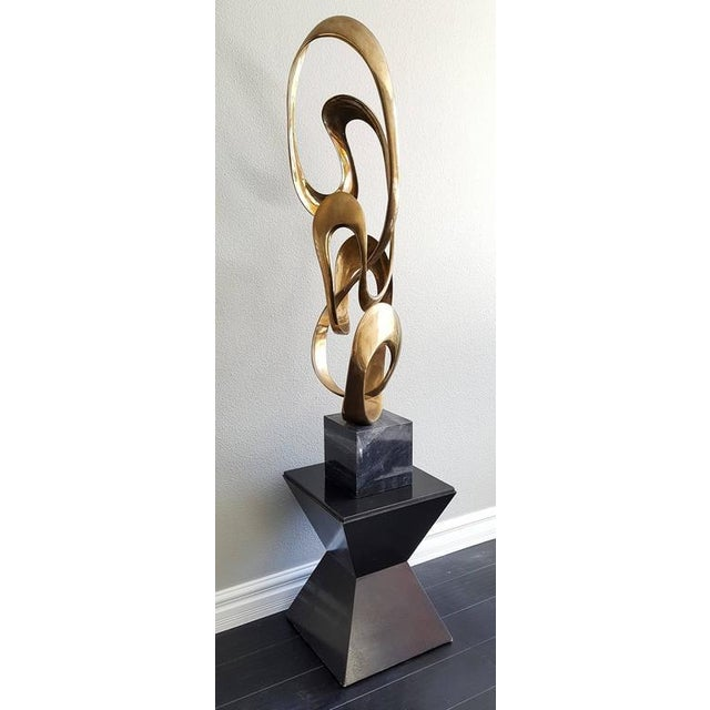 Mid-Century Modern 1980s Monumental Brass Sculpture Expressway LG by Tom Bennett For Sale - Image 3 of 8