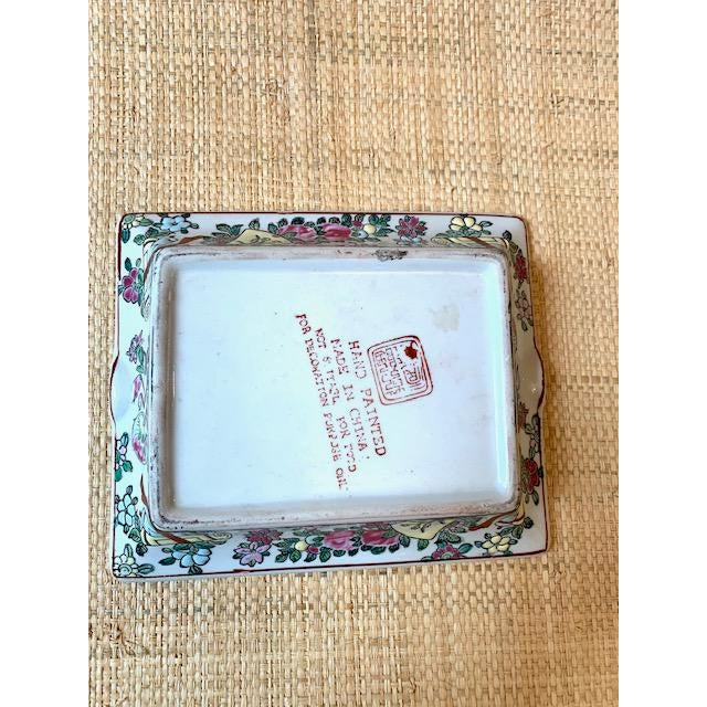 Mid 20th Century Vintage Famille Rose Medallion Trinket Dish/Ashtray For Sale In New York - Image 6 of 7