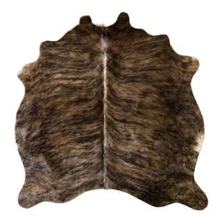 Natural Brazilian Cowhide - 4′3″ × 4′4″