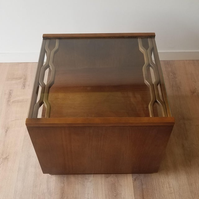 Wood Vintage Mid-Century Modern Walnut Side Tables With Glass Tops - a Pair For Sale - Image 7 of 13