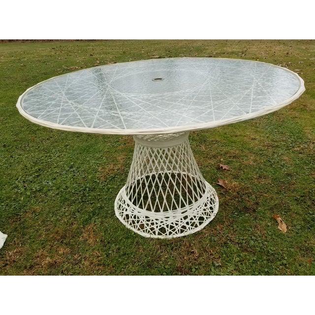 Russell Woodard Russell Woodard Spun Swivel Fiberglass Style Chair Table Patio Set 5 Pc For Sale - Image 4 of 11