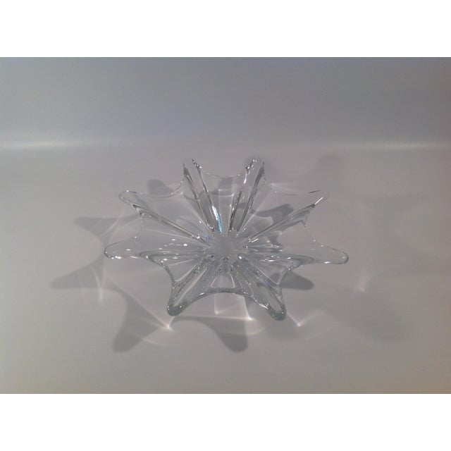 Art Glass Baccarat Crystal Etched Accent Bowl For Sale - Image 7 of 7