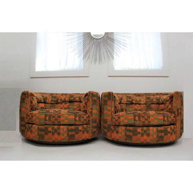 Mid Century Modern Flair -Bernhardt Pair of Upholstered Chairs For Sale - Image 9 of 13