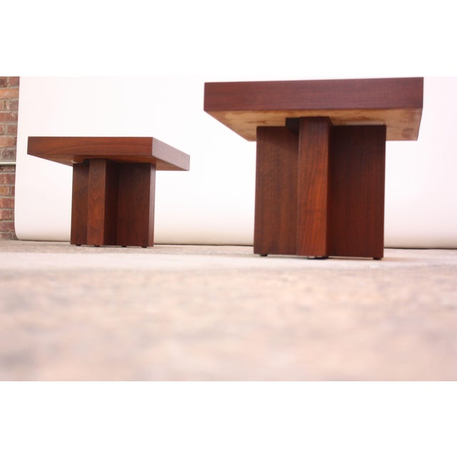 Mid-Century Modern Pair of Milo Baughman 'Cruciform' End Tables For Sale - Image 3 of 13