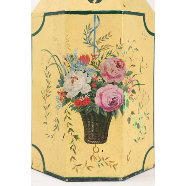 Chinoiserie English Export Hexagonal Tole Tea Caddy Lamp No.5 Handpainted in Yellow For Sale - Image 3 of 8