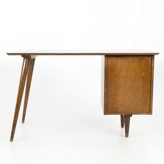 Vintage Mid Century Paul McCobb for Planner Group Tobacco Finish Single Sided Desk Preview