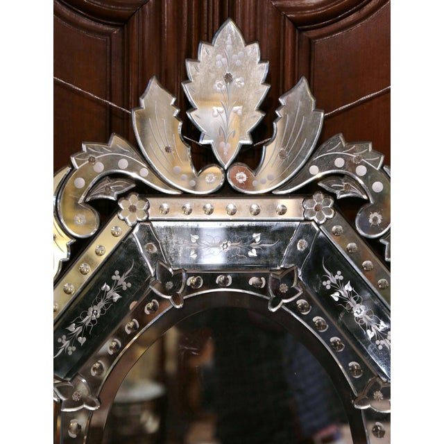 Italian Early 20th Century Italian Venetian Octagonal Mirror With Painted Floral Etching For Sale - Image 3 of 9