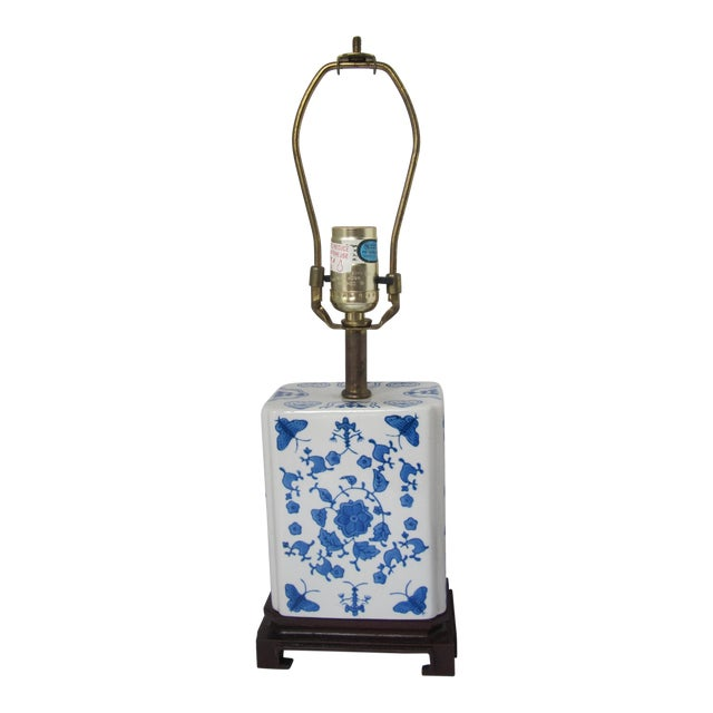 Blue and White Chinoiserie Lamp For Sale