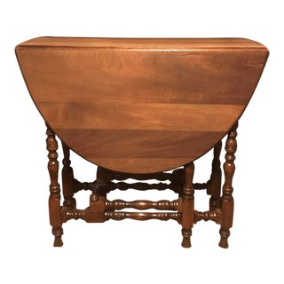 1900s Traditional Gateleg Table For Sale