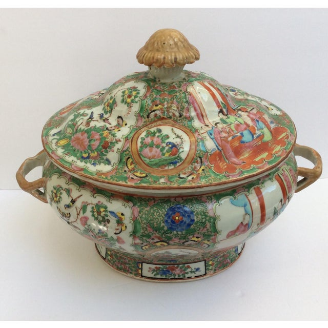 Asian Massive Chinese Export Soup Tureen For Sale - Image 3 of 11