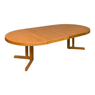 Mid-Century Modern Extension Oak Table by Johannes Andersen For Sale