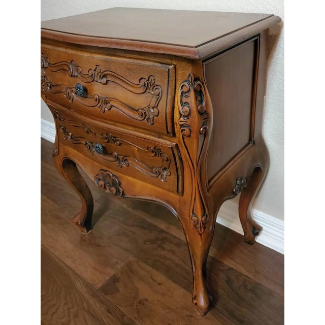Mid 20th Century Italian Louis XV Style Carved Walnut Bedside Tables - a Pair For Sale - Image 5 of 11