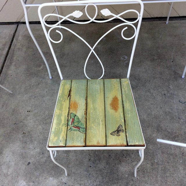 1960s Vintage Woodard Metal and Bead Board Patio Set - Table and 4 Chairs For Sale - Image 5 of 13
