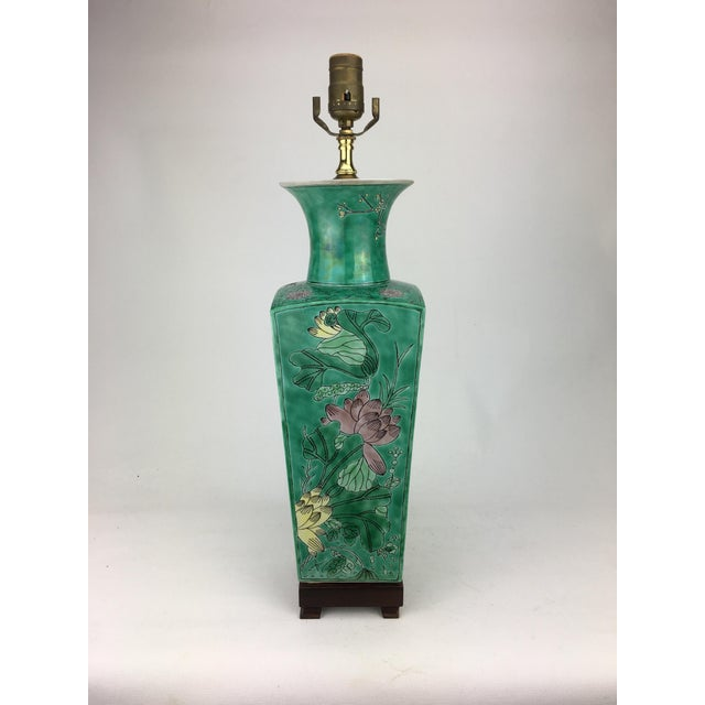 Asian 1970s Vintage Vase Lamp With Lotus Flowers For Sale - Image 3 of 4