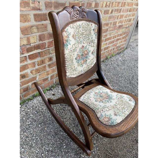 Beautiful Wood Folding Rocker Rocking Chair Tapestry Victorian Vintage Antique. Easy to fold and it folds to almost flat....