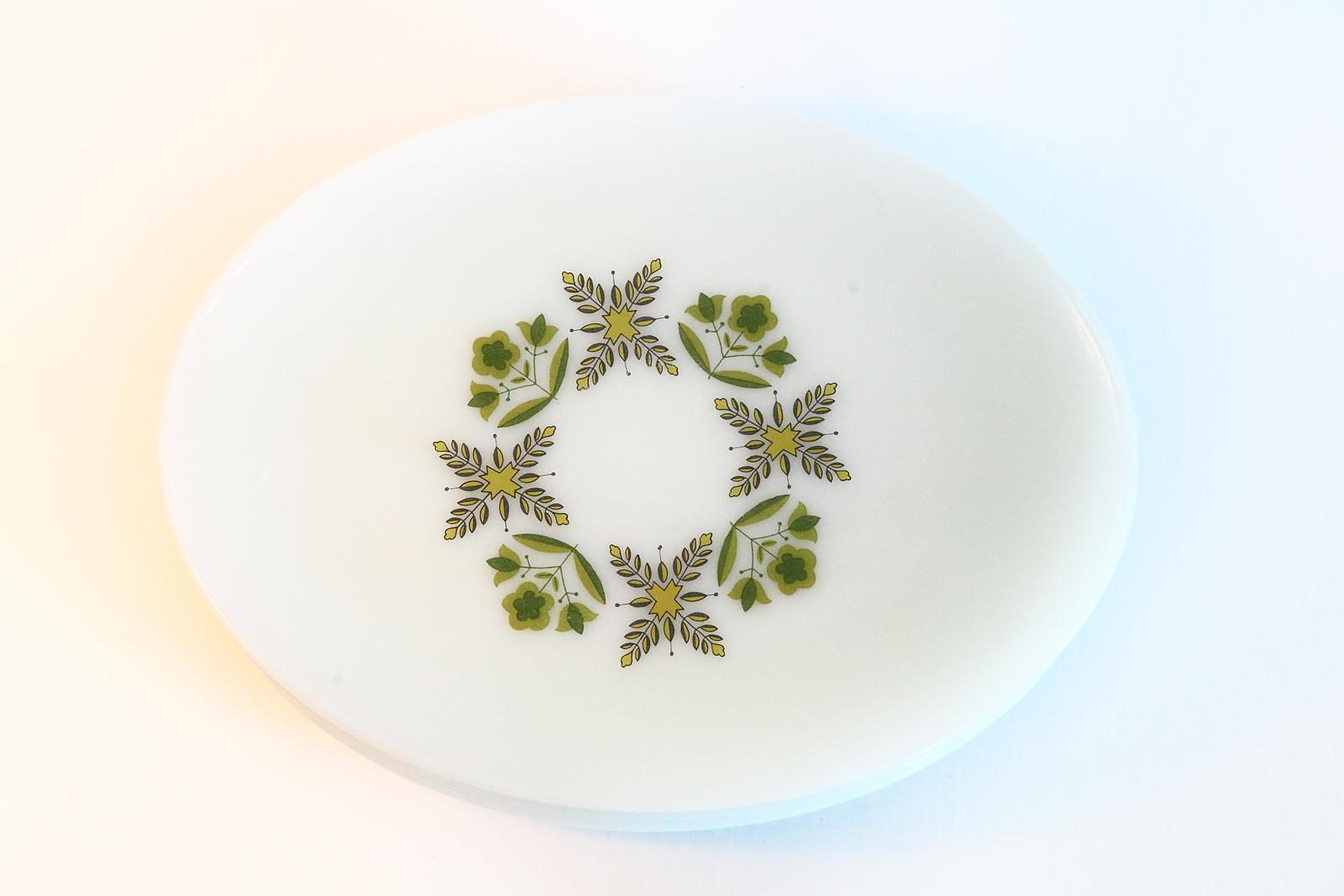 White Milk Glass Oval Dinner Plates - Set of 6 - Image 3 of 6  sc 1 st  Chairish & White Milk Glass Oval Dinner Plates - Set of 6 | Chairish