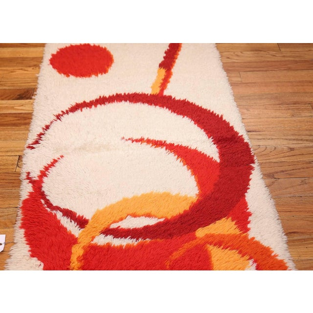 Vintage Swedish Deco Rug - 2′7″ × 5′1″ For Sale In New York - Image 6 of 10