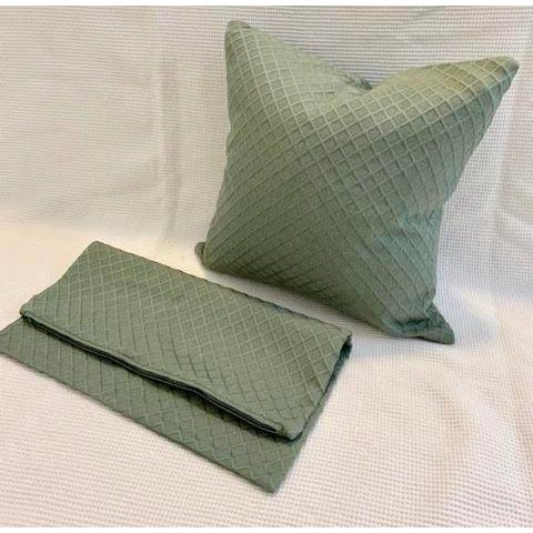 Jim Thompson Pillow Covers - A Pair For Sale In Atlanta - Image 6 of 6
