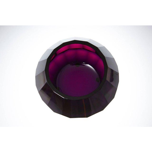 1920s Dark Violet Hand Cut Crystal Vase Attributed to Josef Hoffmann for Moser & Söhne For Sale - Image 5 of 9