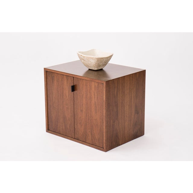 Mid-Century Modern Florence Knoll Wall-Mounted Cabinet For Sale - Image 3 of 6
