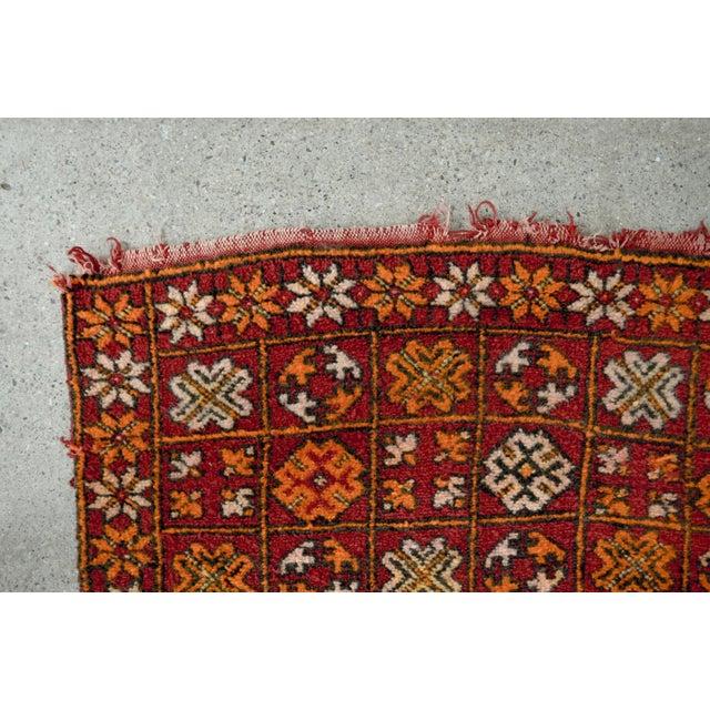"Vintage Moroccan Boujad Floor Rug Runner - 3'3"" x 8'5"" For Sale In Detroit - Image 6 of 10"