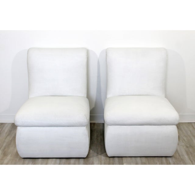 Contemporary Modern White Leather Accent Slipper Side Chairs, 1980s - a Pair For Sale - Image 4 of 10