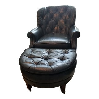 Late 20th Century Custom Designer Top Quality Classic Leather Hand Tufted Button Club Chair & Ottoman For Sale