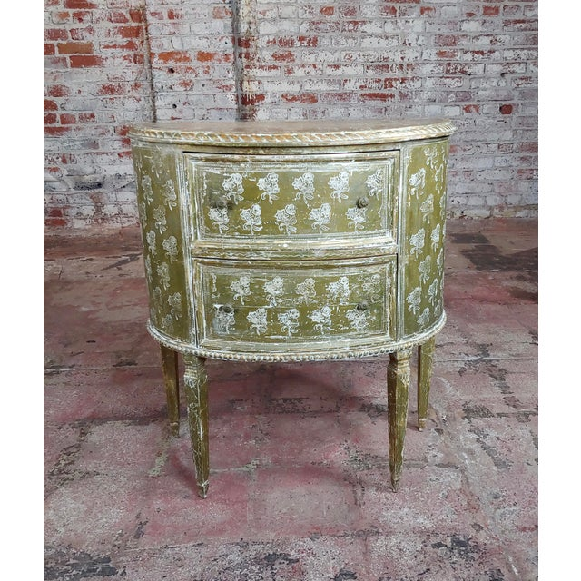 1900 - 1909 Antique Italian Florentine Demilune Gilt-Wood Commodes -A Pair - For Sale - Image 5 of 10