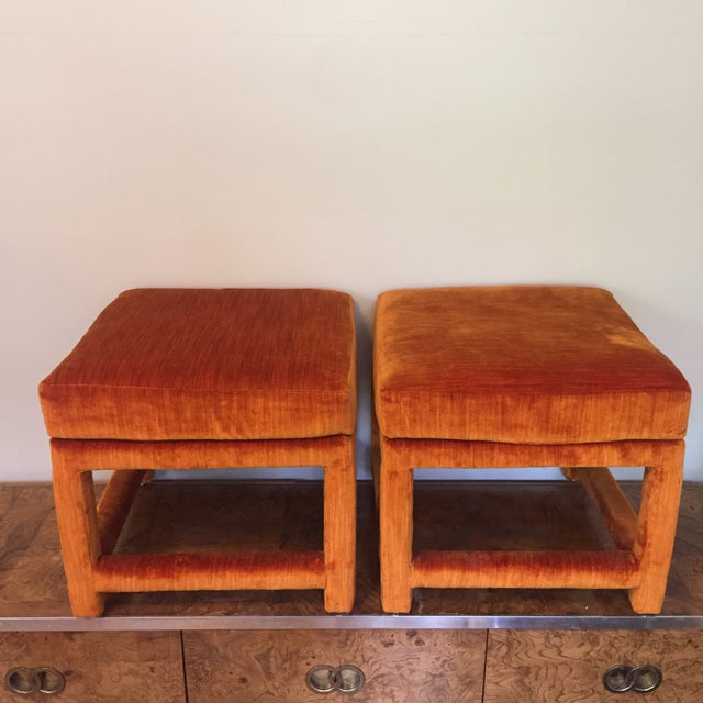1970s Orange Velvet Console Table With Parsons Style Ottomans, Set of 3 For Sale In Richmond - Image 6 of 12