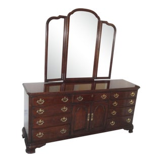 1980s Traditional Drexel Dresser With Mirror For Sale