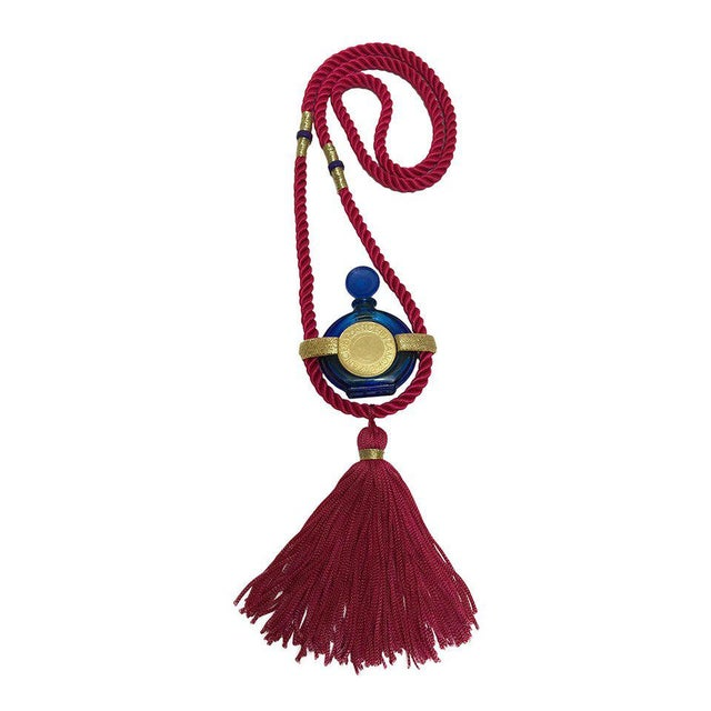Vintage Rochas Tassel Perfume Pendant Necklace For Sale In Miami - Image 6 of 6