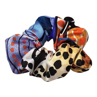 Hermes Handmade Vintage Silk Scarf Scrunchie in Bright Blues and Oranges For Sale